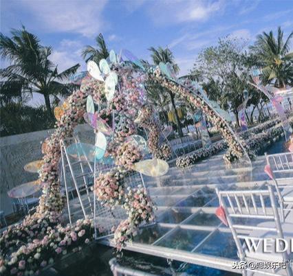 6 đám cưới ngập trong biển hoa bạc tỷ của showbiz Hoa ngữ-26