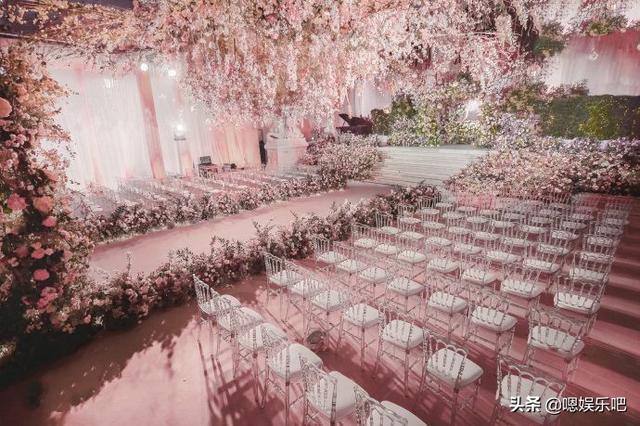 6 đám cưới ngập trong biển hoa bạc tỷ của showbiz Hoa ngữ-12