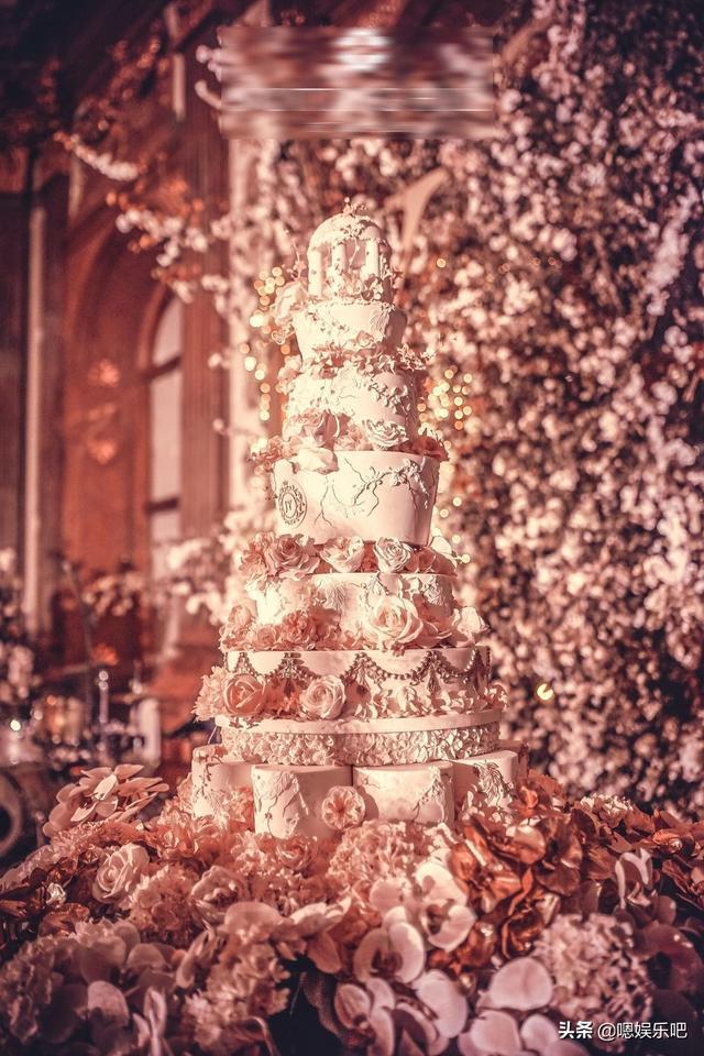 6 đám cưới ngập trong biển hoa bạc tỷ của showbiz Hoa ngữ-14