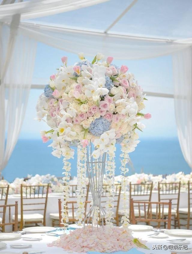 6 đám cưới ngập trong biển hoa bạc tỷ của showbiz Hoa ngữ-3