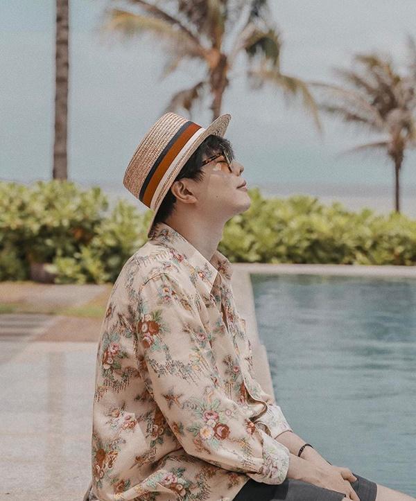 Sơn Tùng M-TP, Isaac khoe vẻ phong trần với mốt áo sơ mi họa tiết-4