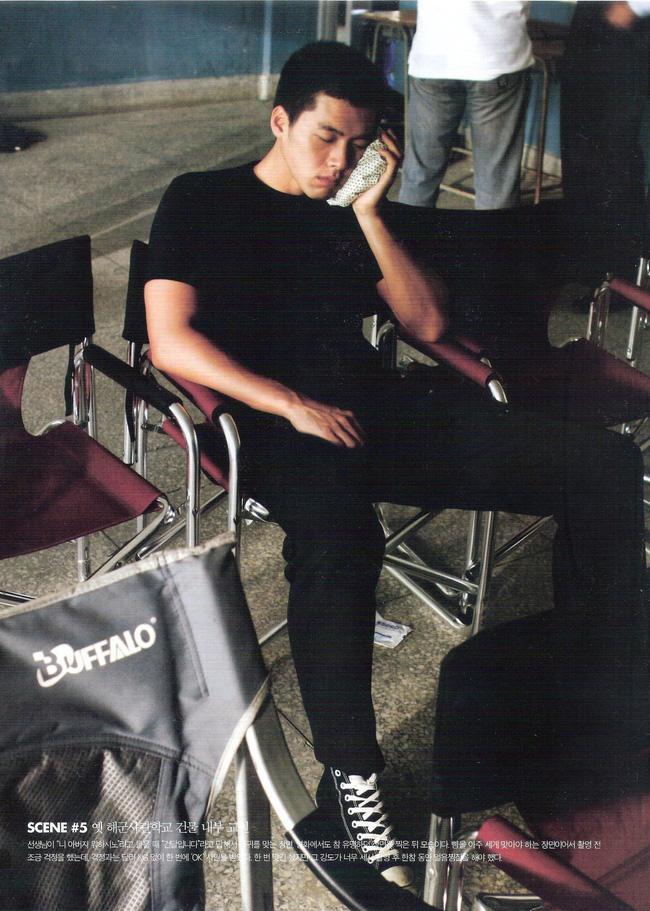 Khán giả bật khóc vì cảnh Hyun Bin bị tát sưng mặt, phải chườm đá lạnh trong hậu trường phim cách đây 10 năm-3