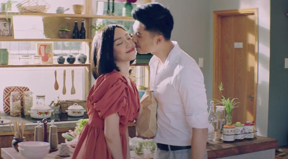 MV mới ra mắt của Tóc Tiên bị chê ngang phè, thiếu điểm nhấn-1