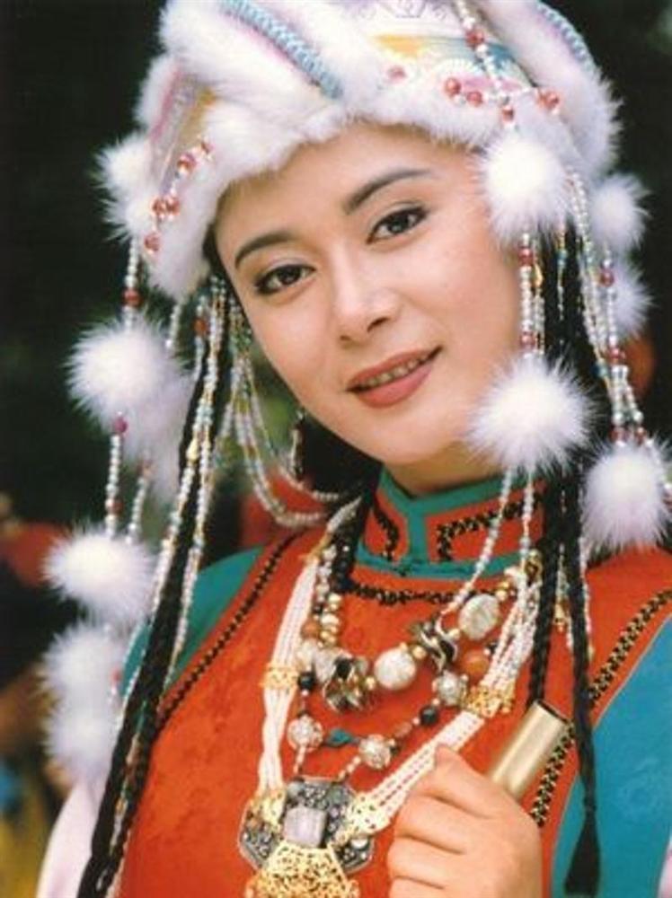 Nàng công chúa bí ẩn nhất Hoàn Châu cách cách tàn phai nhan sắc-3