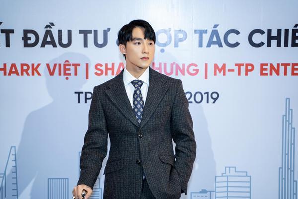 Trước nghi vấn đầu quân cho công ty của Sơn Tùng M-TP, Soobin Hoàng Sơn đáp trả khiến dân mạng câm nín-1