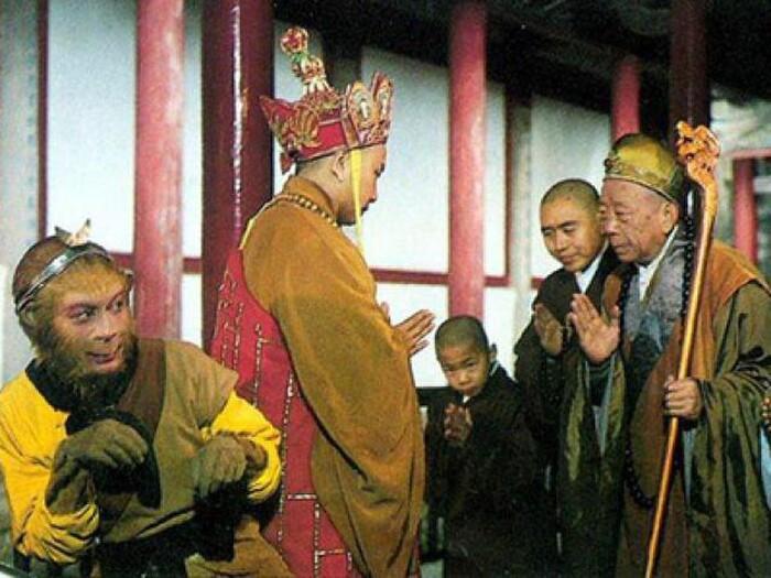 Bí ẩn Tây Du Ký: Áo cà sa và tích trượng của Đường Tăng thực ra là pháp bảo đầy quyền năng?-4