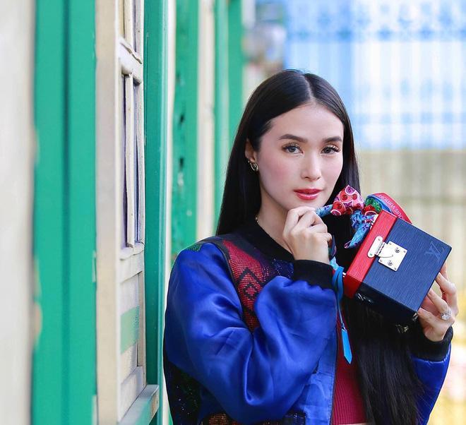 Cuộc sống đẳng cấp của bạn thân Hà Tăng: Làm vợ chính trị gia, sở hữu kho đồ hiệu khủng-2