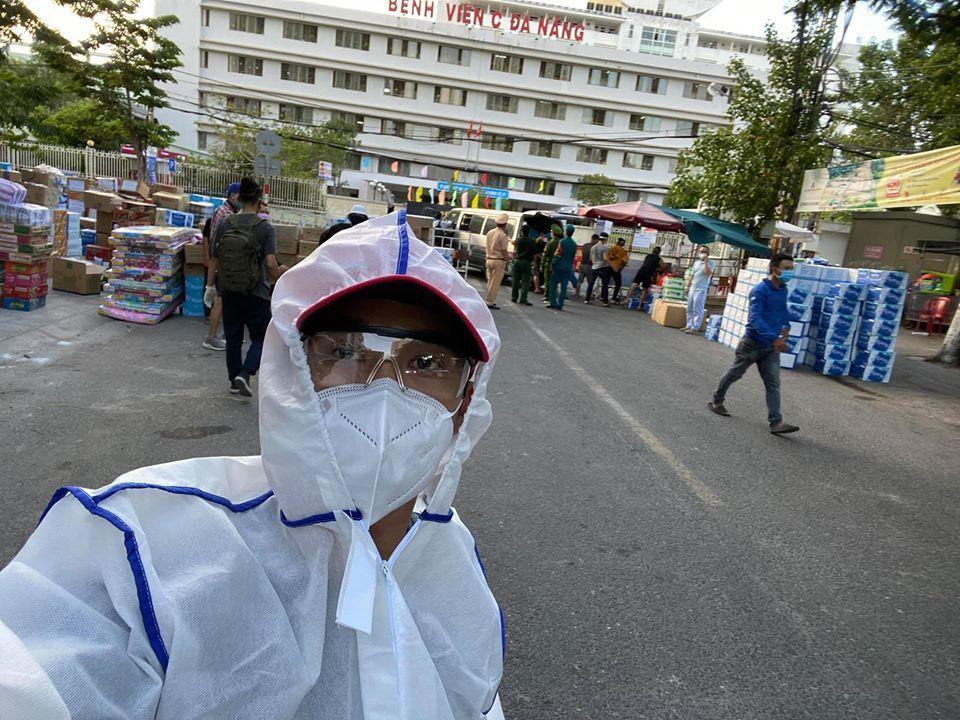 Quang Hào, S.T Sơn Thạch và các sao ủng hộ Đà Nẵng chống dịch-1