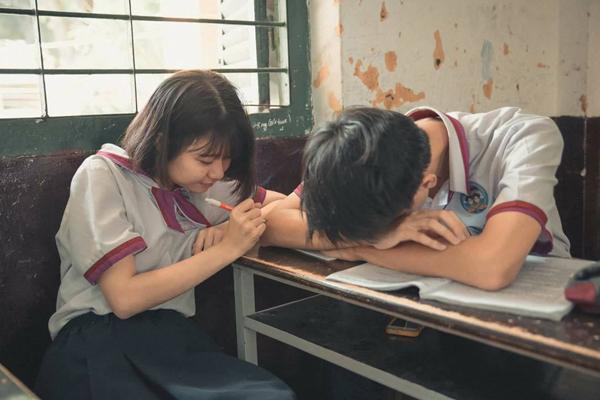 Tình yêu học trò giữa mùa thi, 12 chòm sao nên làm gì để vừa ôn thi tốt vừa yêu dài lâu?-1
