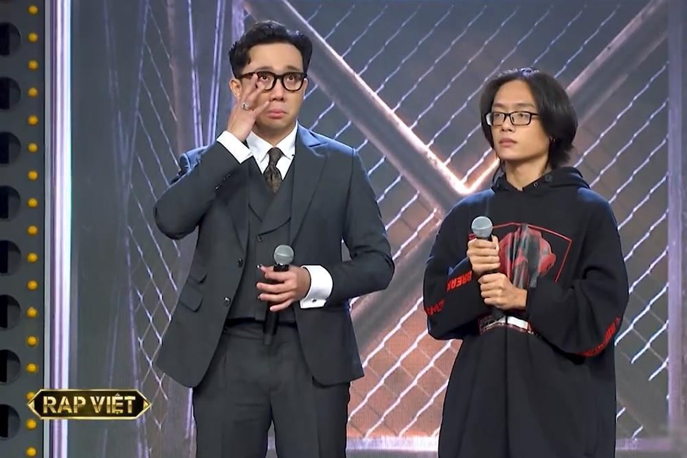 Trấn Thành xóa dần nghi ngờ và ác cảm khi Rap Việt lên sóng tập đầu tiên-10