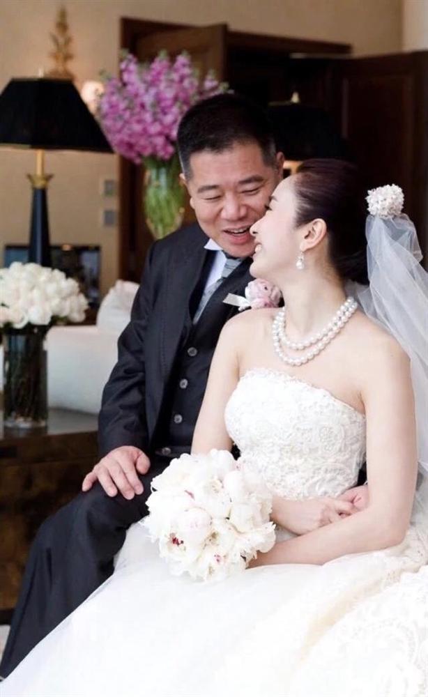 So kè nhan sắc những nàng dâu hào môn của làng giải trí Hoa ngữ-7