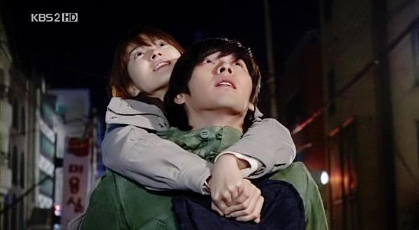 Loạt khoảnh khắc ngọt ngào giữa Song Hye Kyo - Hyun Bin sau 10 năm xem lại vẫn mê mẩn-11