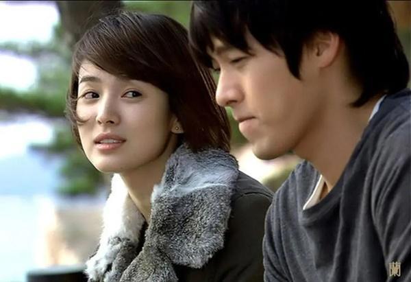 Loạt khoảnh khắc ngọt ngào giữa Song Hye Kyo - Hyun Bin sau 10 năm xem lại vẫn mê mẩn-14
