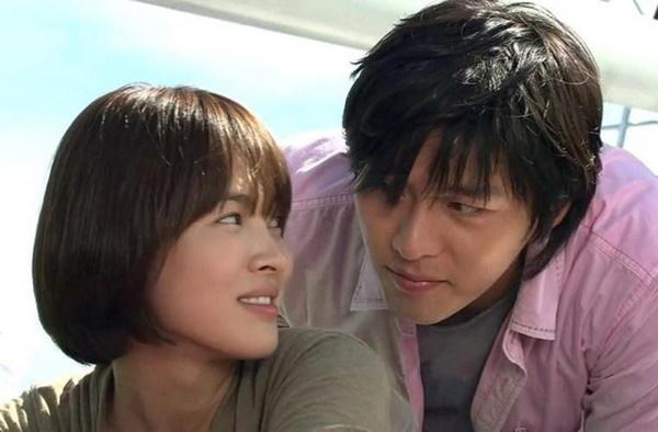 Loạt khoảnh khắc ngọt ngào giữa Song Hye Kyo - Hyun Bin sau 10 năm xem lại vẫn mê mẩn-15