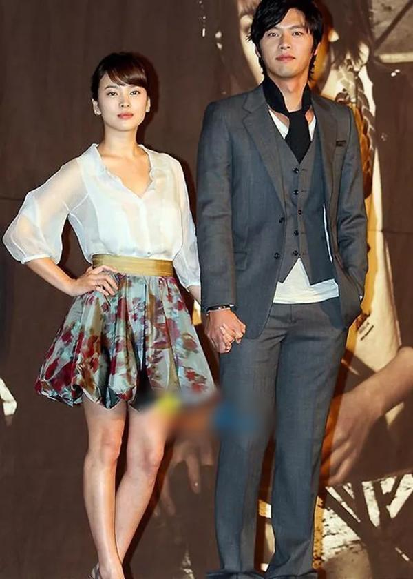 Loạt khoảnh khắc ngọt ngào giữa Song Hye Kyo - Hyun Bin sau 10 năm xem lại vẫn mê mẩn-18