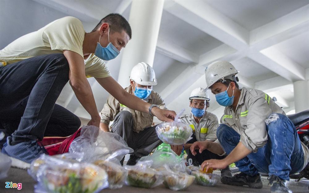 96 giờ thi công bệnh viện dã chiến 2.000 giường ở Đà Nẵng-12