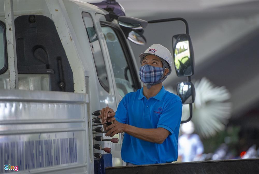 96 giờ thi công bệnh viện dã chiến 2.000 giường ở Đà Nẵng-3
