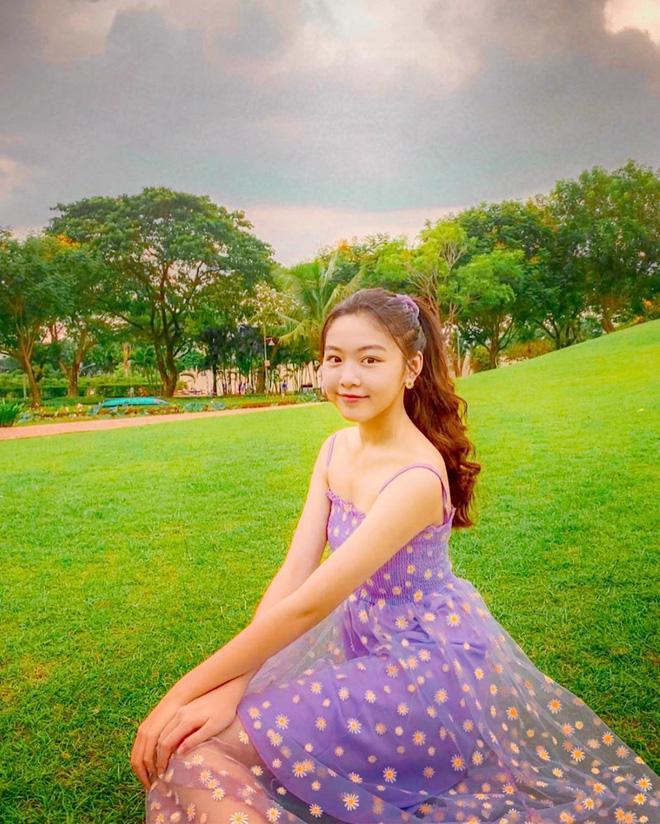 Con gái Quyền Linh khoe đẳng cấp mỹ nhân, ảnh chụp vu vơ cũng đẹp thần sầu-1