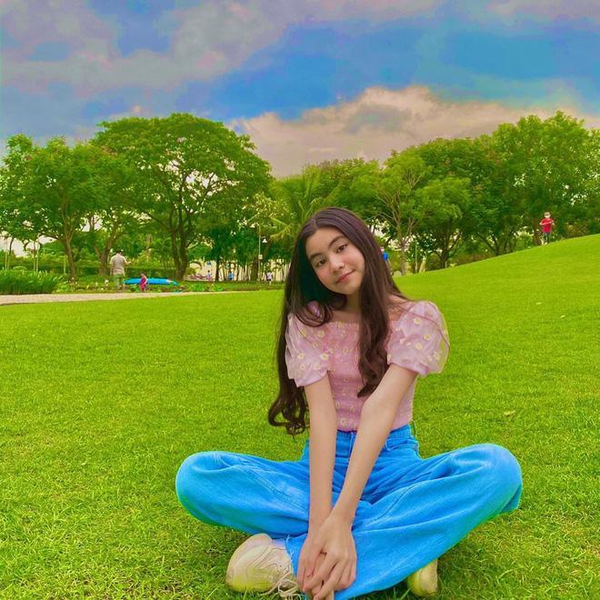 Con gái Quyền Linh khoe đẳng cấp mỹ nhân, ảnh chụp vu vơ cũng đẹp thần sầu-5