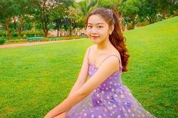 Con gái Quyền Linh khoe đẳng cấp mỹ nhân, ảnh chụp vu vơ cũng đẹp thần sầu