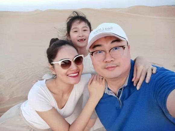 Hoa hậu đẹp nhất châu Á Hương Giang bất ngờ lộ rõ thân hình gầy tong teo, hốc hác-7