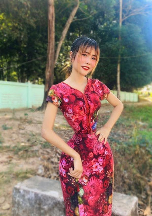 Cô gái hạ bệ Ngọc Trinh với vòng eo nhỏ 35cm-1