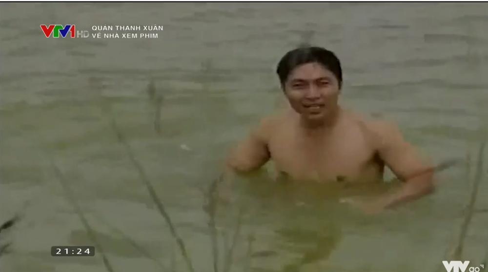 Éo le chuyện làm phim: NSND Nguyễn Hải bị mẹ cấm về quê, NSƯT Minh Hằng bị Quyền Linh đánh tơi tả-5