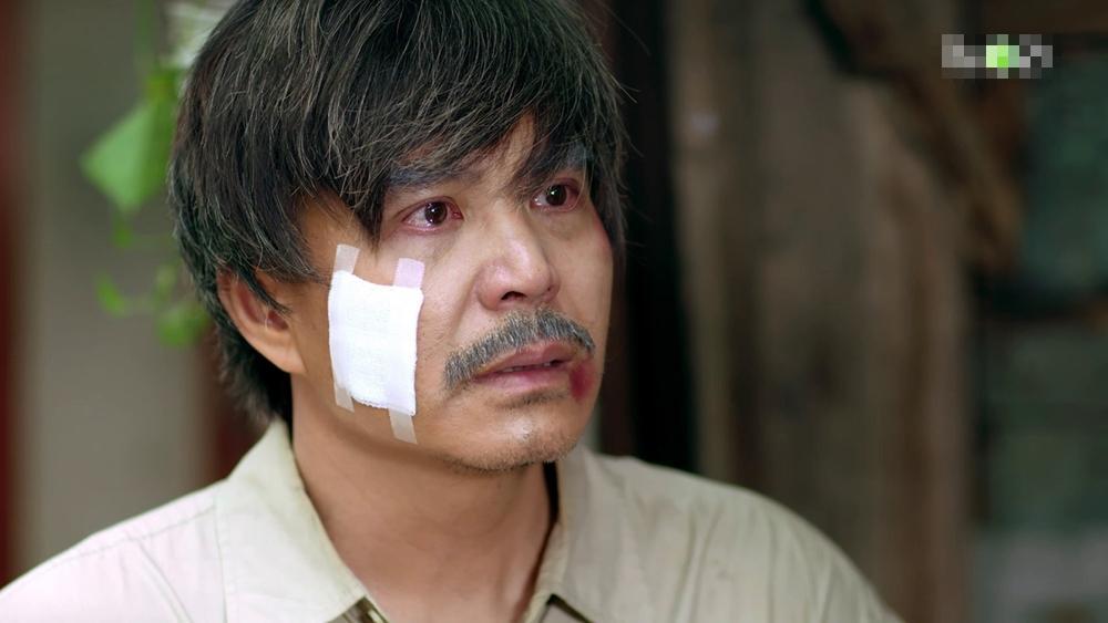 Gạo nếp gạo tẻ phần 2 tập 22: Jun Phạm gặp lại cha ruột nhưng lại thất vọng khi thấy ông bỏ trốn-10