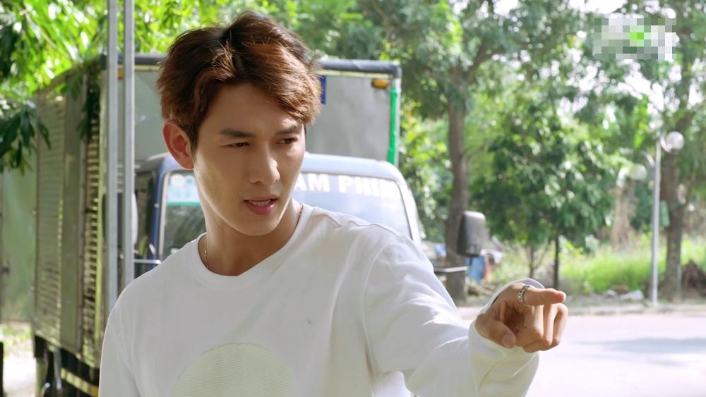 Gạo nếp gạo tẻ phần 2 tập 22: Jun Phạm gặp lại cha ruột nhưng lại thất vọng khi thấy ông bỏ trốn-12