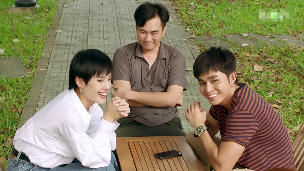 Gạo nếp gạo tẻ phần 2 tập 22: Jun Phạm gặp lại cha ruột nhưng lại thất vọng khi thấy ông bỏ trốn-16