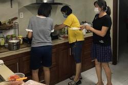 Đại gia đình 22 người mắc kẹt giữa tâm dịch Đà Nẵng