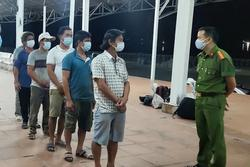 Bắt giữ 6 ngư dân đi bộ theo đường biển trốn cách ly từ Đà Nẵng về Huế