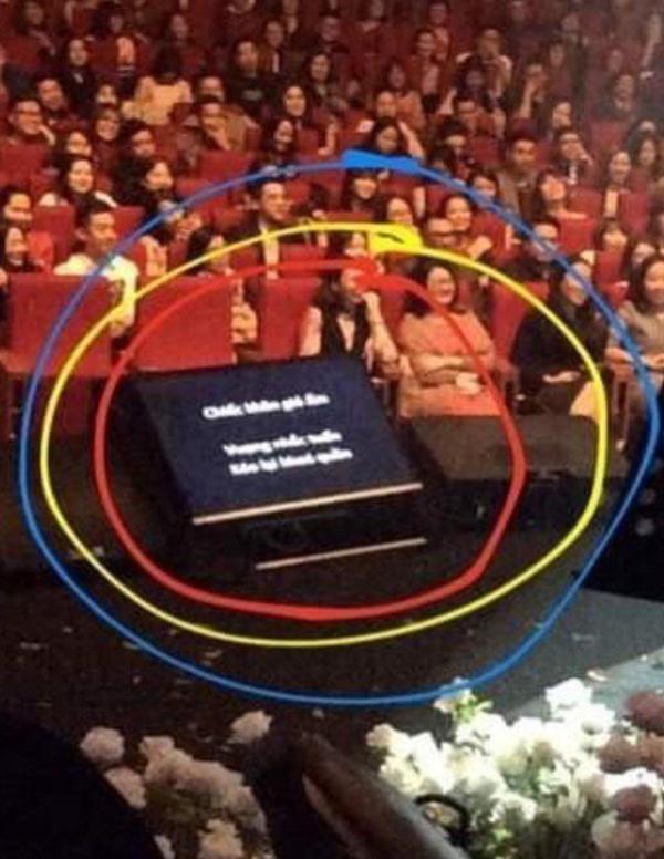 Hà Anh Tuấn kể lại sự cố nhớ đời về khung cửa sổ không khép trên sân khấu-6