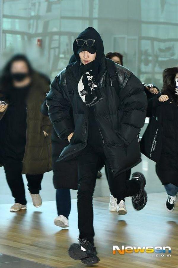 Khi idol xui xẻo vớ phải sasaeng fan: Người chạy thục mạng, người khóc tại chỗ-6