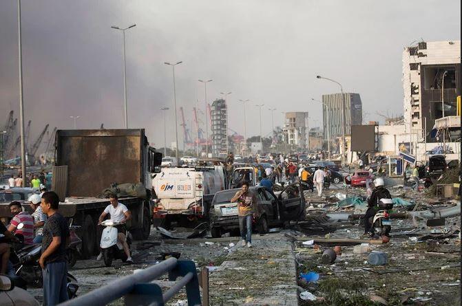 Khoảnh khắc như quả bom hẹn giờ nổ tung khiến 100 người chết tại Liban-2