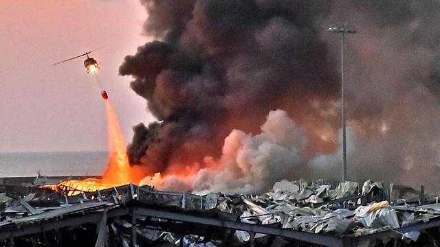 Khoảnh khắc như quả bom hẹn giờ nổ tung khiến 100 người chết tại Liban-3