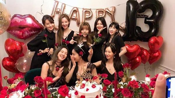 SNSD kỷ niệm 13 năm ngày debut và hành trình gian nan của tượng đài K-POP-1