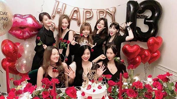 SNSD kỷ niệm 13 năm ngày debut và hành trình gian nan của tượng đài K-POP-9