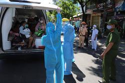 Lịch trình của 21 ca Covid-19 mới ở Đà Nẵng: Làm bảo vệ bến xe, giáo viên, đi đám cưới, đi chùa, lấy cao răng