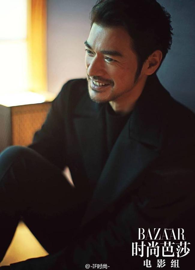 Mỹ nam đẹp hơn hoa khiến Song Hye Kyo, Trần Kiều Ân thầm thương trộm nhớ-13