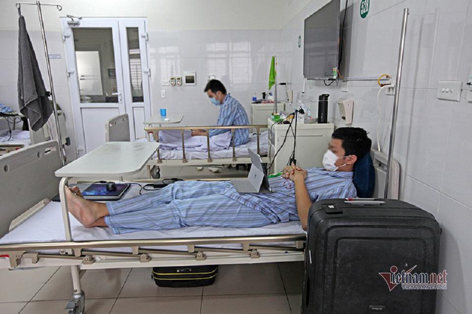2 người đầu tiên đủ điều kiện hiến huyết tương điều trị bệnh nhân Covid-19 nặng-3