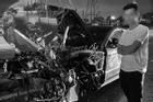 Chủ cũ 'check in đau lòng' bên xác chiếc Porsche 11 tỷ nát tươm dưới chân cầu