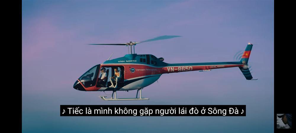 Trốn lên trực thăng để hát, Đen Vâu vẫn bị sĩ tử hỏi: Đề thi Văn là gì chú ơi?-4