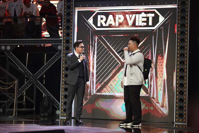 Trấn Thành bị nói miệt thị ngoại hình thí sinh Rap Việt, vô duyên khi mời thức ăn thừa-3