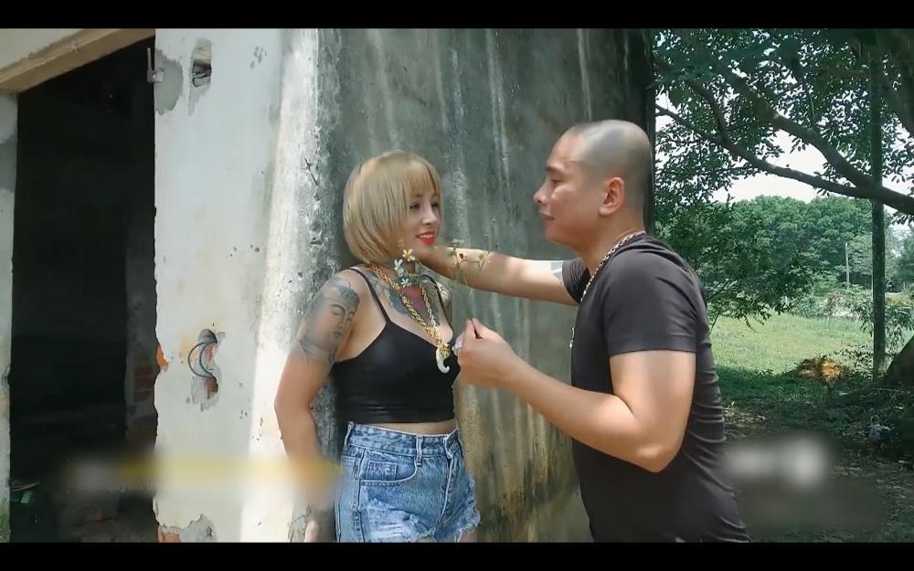 Cô gái bị Phú Lê truy sát từng vào vai gái giang hồ trong Người Phán Xử-6