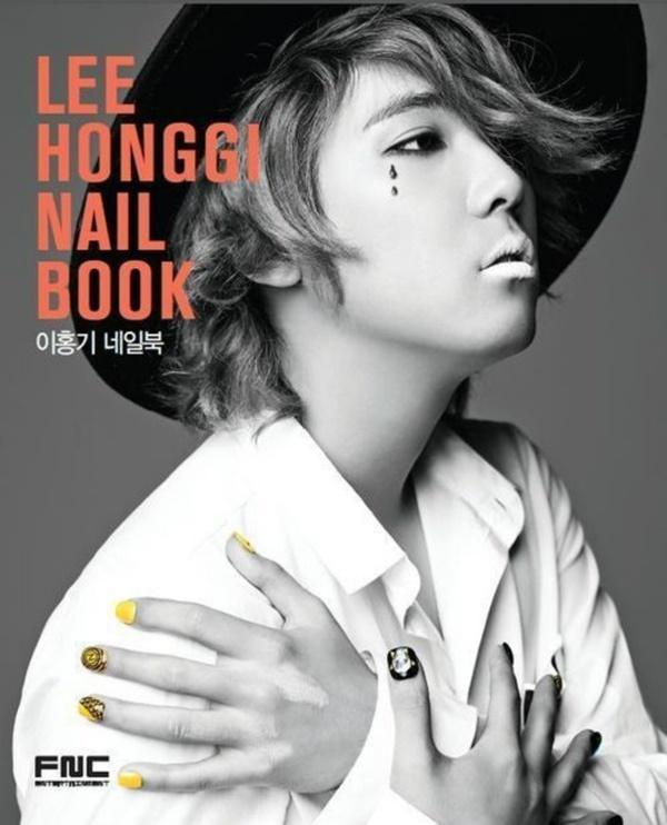 BIGBANG và loạt Idols có màn rẽ ngang thành công khi bon chen viết sách-10