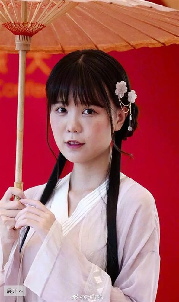 Hot girl cổ trang Trung Quốc lộ mặt thật già nua trên truyền hình-4