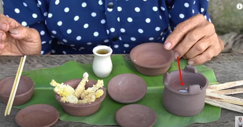 Làm đồ ăn siêu nhỏ, bà Tân bị soi dùng chất dễ gây ngộ độc để đun nấu-7