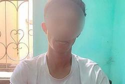 Quảng Bình: Tạm giữ nam thanh niên quay lén giáo viên tắm rồi tống tiền
