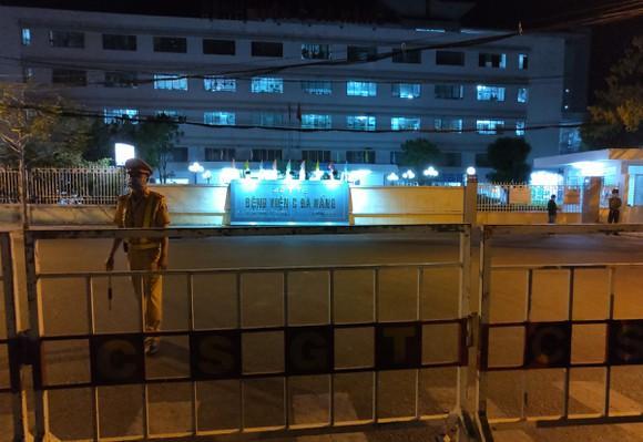 Bệnh viện C Đà Nẵng lúc 0h ngày 8/8 khi chính thức dỡ phong tỏa-1